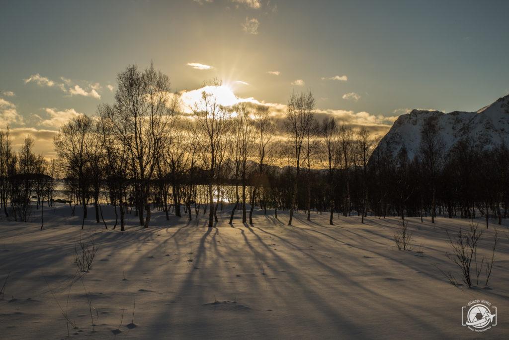 Viaggiare da soli Tramonto in Norvegia