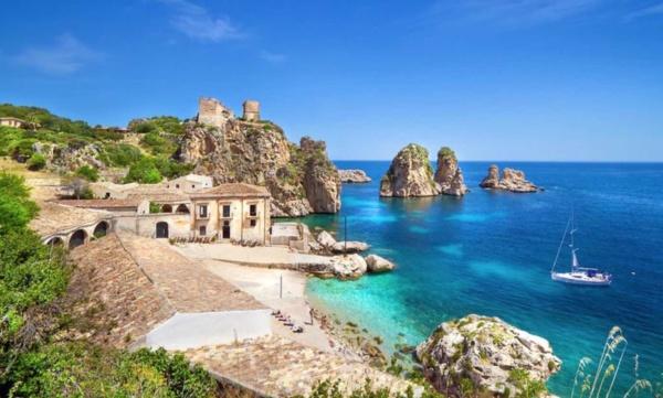 Viaggiare da soli in Italia, dove andare, viaggi estate 2021,